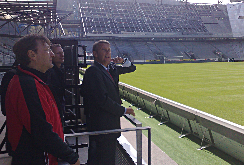 Das Tivoli Stadion wird derzeit wieder auf 15.000 Sitzplätze zurückgebaut und die Verantwortlichen versicherten mir vor Ort, dass der Rückbau im Zeitplan ist und sie sich schon auf die Austragung des WM-Qualifikationsmatches Österreich - Faröer freuen (C) StS Sport