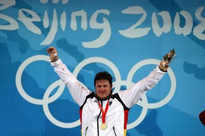 Der gebürtige Niederösterreicher Matthias Steiner holt für Deutschland Gold im Gewichtheben über 105 kg (C) GEPA pictures / Philipp Schalber