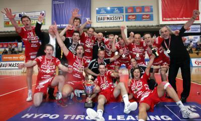 """Meister aon hotVolleys Wien mit """"österreichischem Weg"""" zur Volleyball-EM 2011 (C) GEPA pictures / Andreas Panzenberger"""