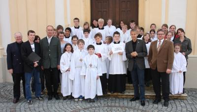 Ehrengäste mit Ministrantengruppe aus Krieglach/Langenwang (C) StS Sport