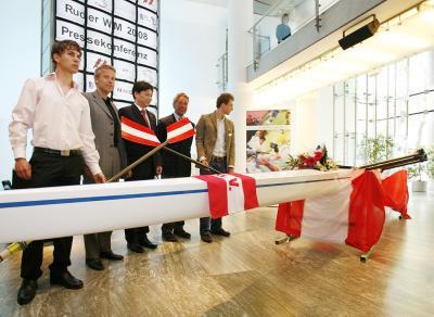 """Der auf den Namen """"Beijing"""" getaufte Leichtgewichts-Doppelzweier des Österreichischen Ruderverbandes (C) HBF / Andreas Wenzel"""