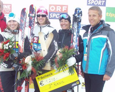 Siegerehrung der Damen beim FIS SkiCross Weltcup am Kreischberg (C) Alfred Taucher