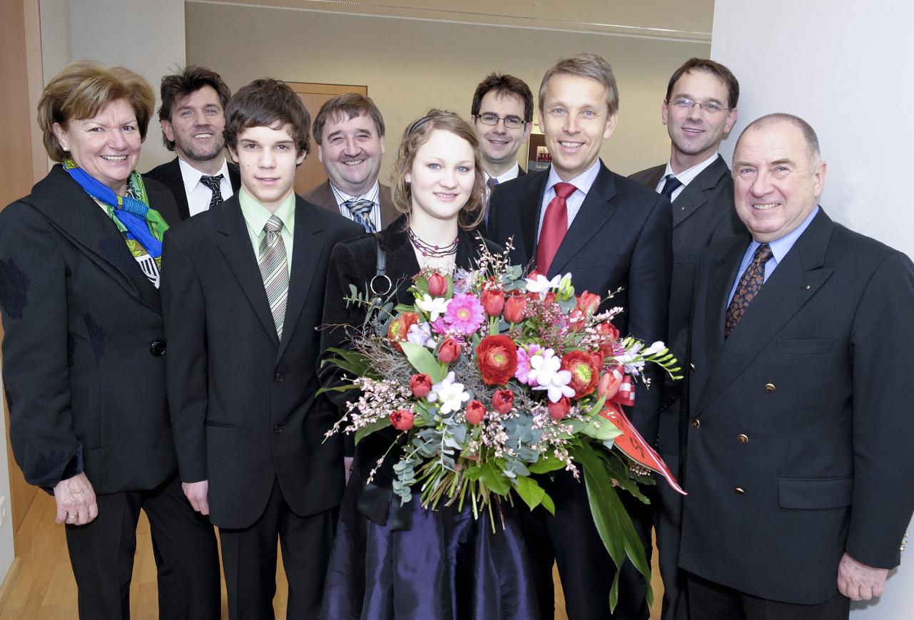 Blumengrüße des Blumenbüros Österreich (C) HBF / Livio Srodic
