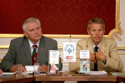 Special Olympics Österreich Präsident Hermann Kröll und StS Lopatka bei der Pressekonferenz (C) GEPA pictures/Philipp Schalber