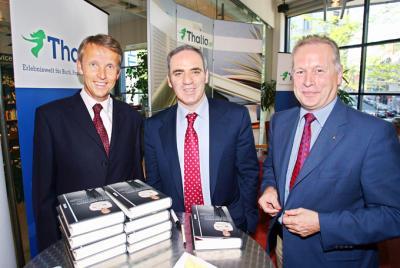 Pressetermin mit Garri Kasparow (C) GEPA pictures / Josef Bollwein