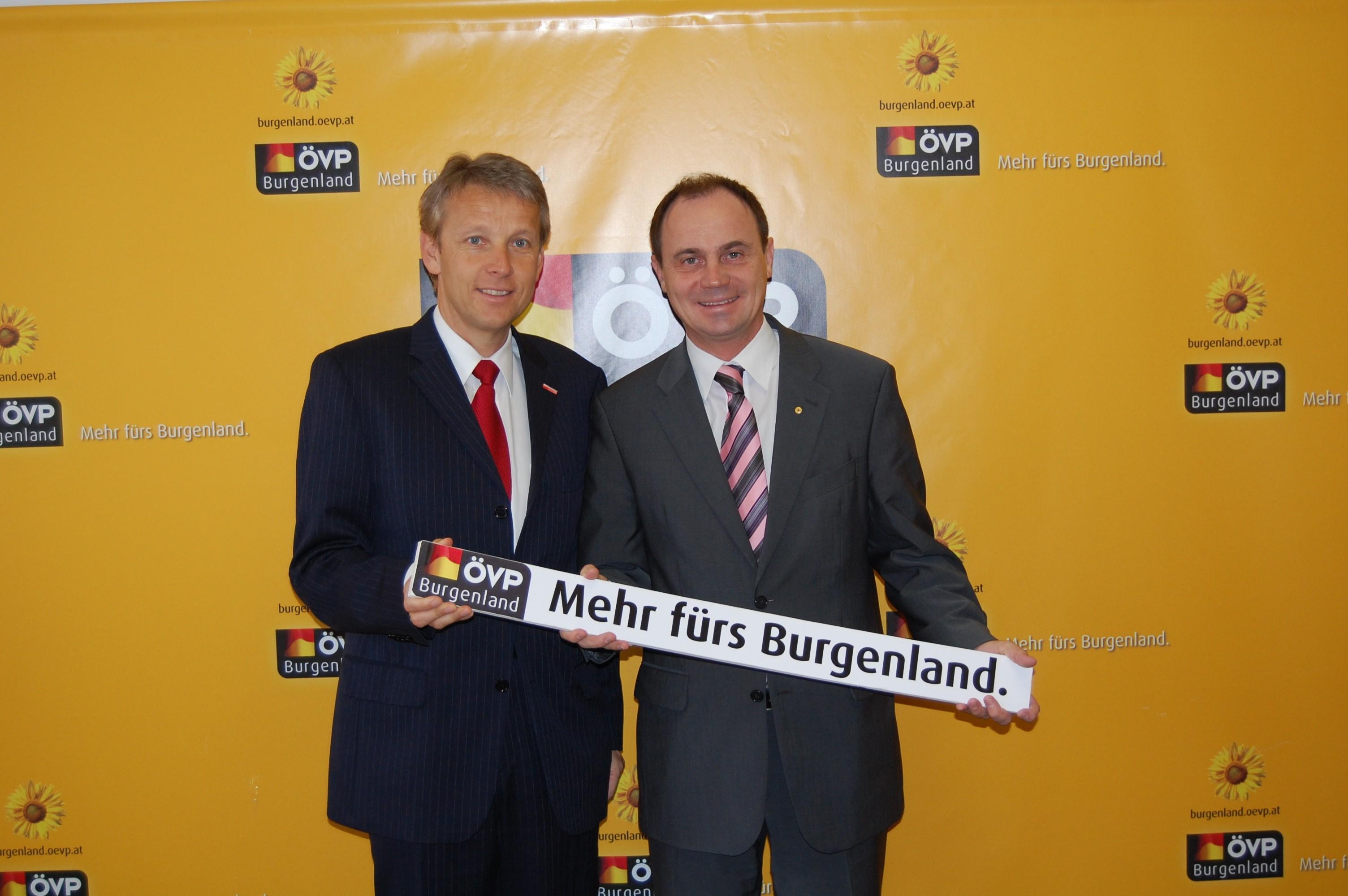 Mit FRanz Steindl bei der Pressekonferenz (C) Büro LHStv. Franz Steindl