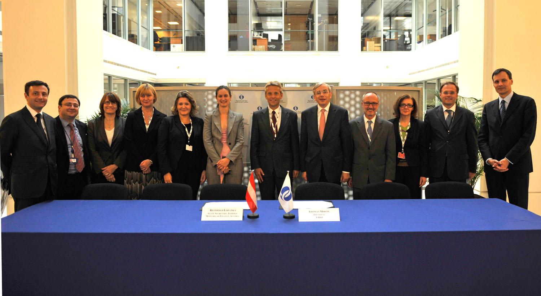 Die Delegationen aus Österreicher und von der EBRD (C) EBRD