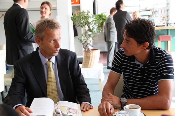 Mit Ivica Vastic bei der Buchpräsentation (C) Sven Pöllauer