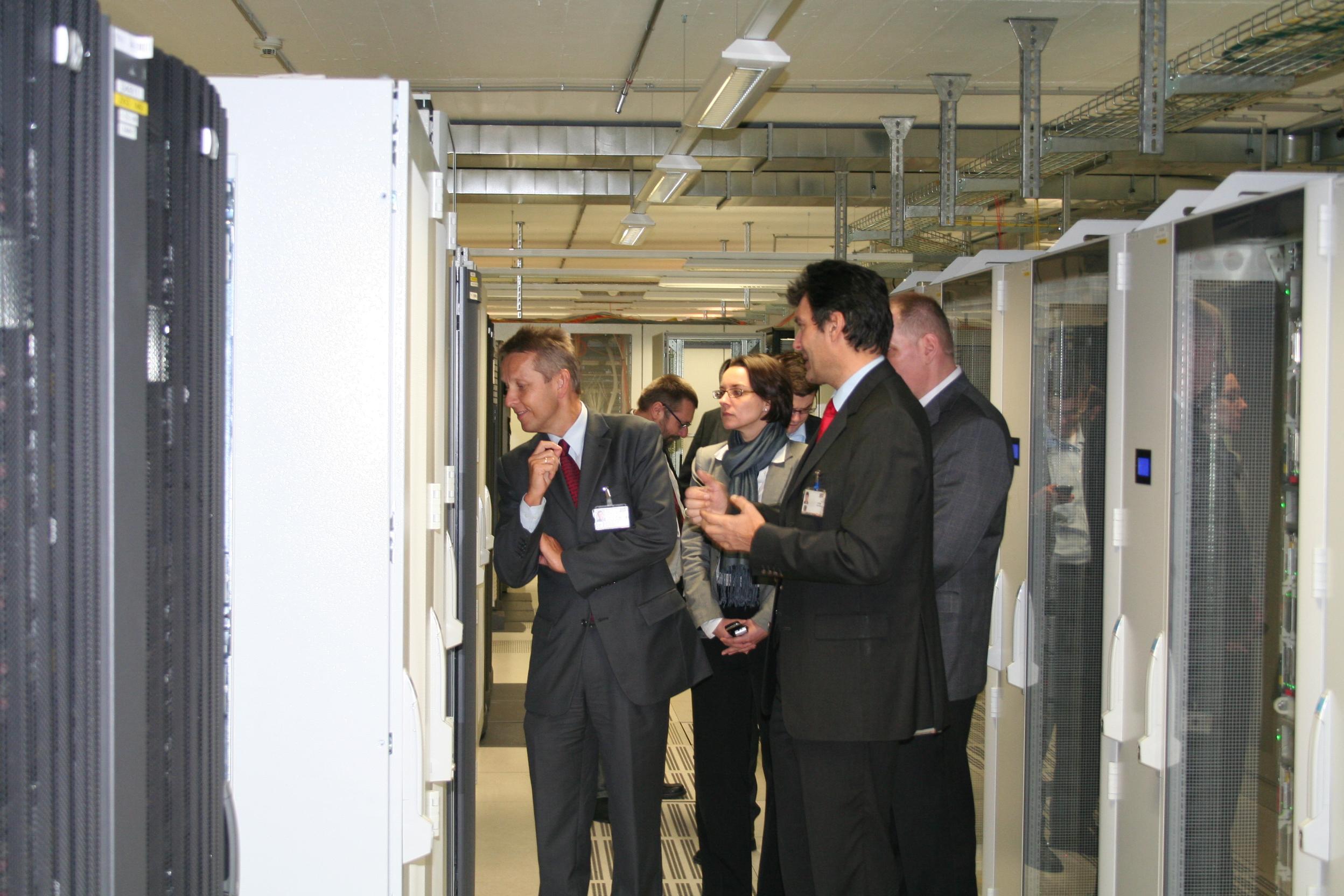 Zu Besuch im Serverraum des BRZ (C) BRZ