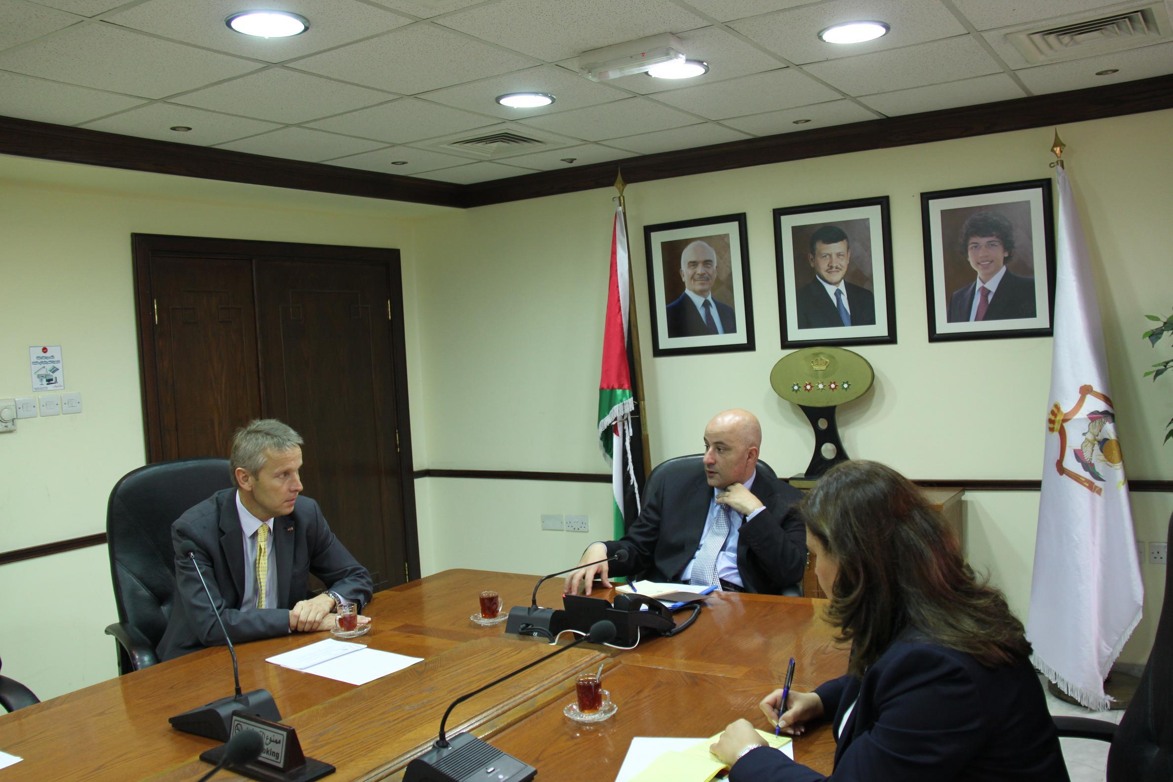 Bilaterales Treffen mit dem jordanischen Industrieminister (C) Sven Pöllauer