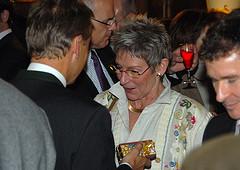 Auch Olympiasiegerin Trixi Schuba gratulierte (C) Alfons Kowatsch