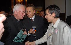 Drei Läufer unter sich: mirt Weihbischof Franz Lackner und Rekord-Rekordhalter Günther Weidlinger (C) Alfons Kowatsch