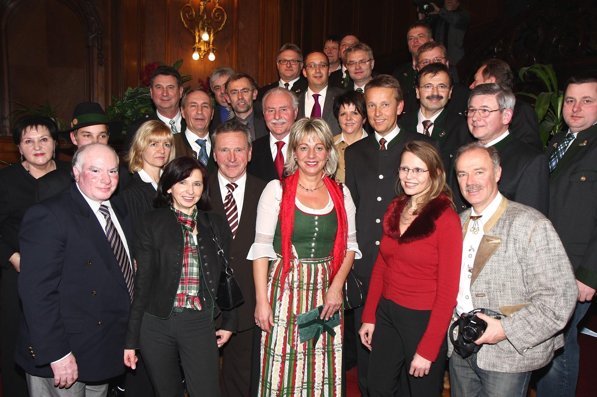 Besonders gefreut habe ich mich über die zahlreichen Hartberger Freunde, die nach Wien kamen (C) Büro StS