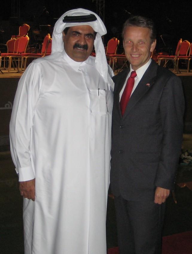 Mit Scheich Hamad bin Khalifa Al-Thani von Katar (C) Lopatka