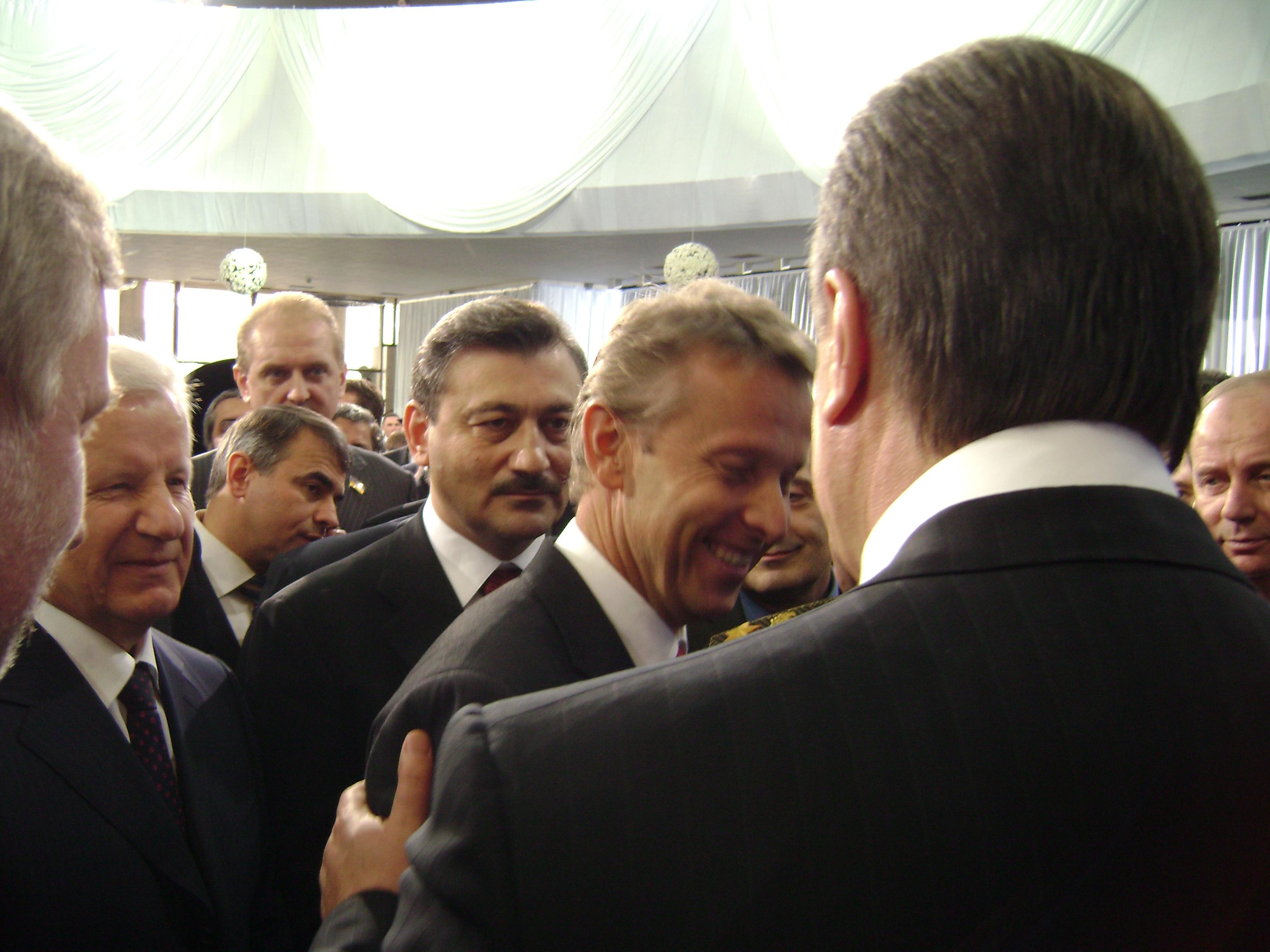 Begrüßung durch den neuen ukrainischen Präsidenten Viktor Janukowytsch (C) Sven Pöllauer