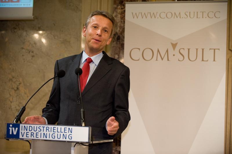 Bei der Eröffnung der COM.SULT 2010 (C) Create Connections