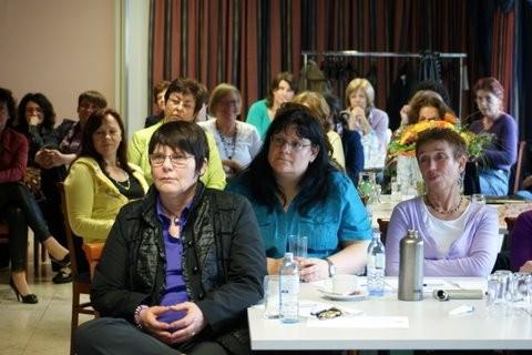 Frauen und Berufstätigkeit - in der Finanzverwaltuzng kein Widerspruch! (C) BMF