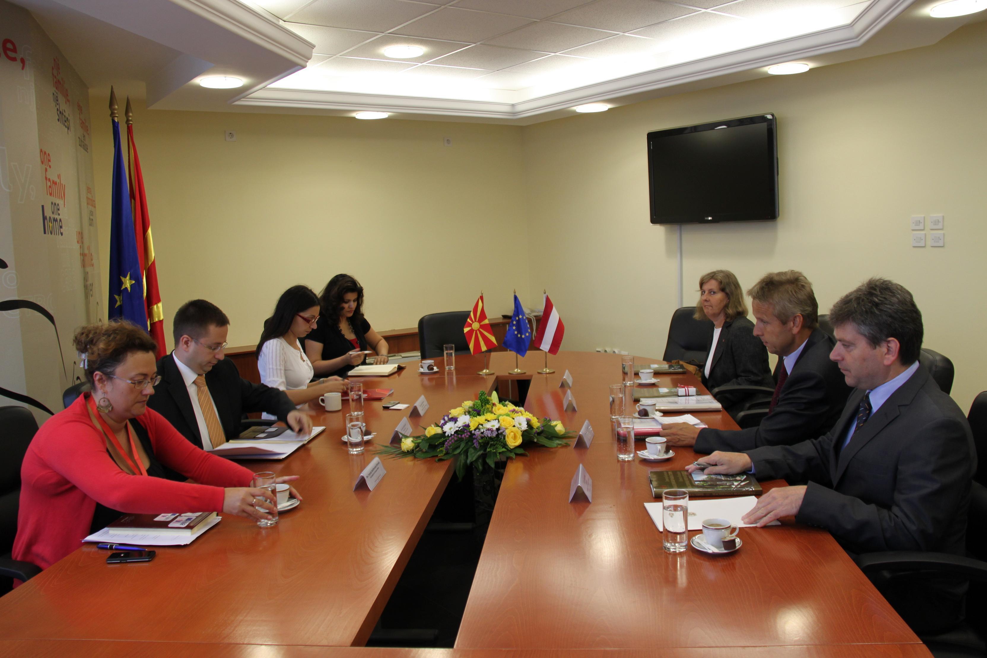Bilaterale Gespräche in Skopje (C) Sven Pöllauer