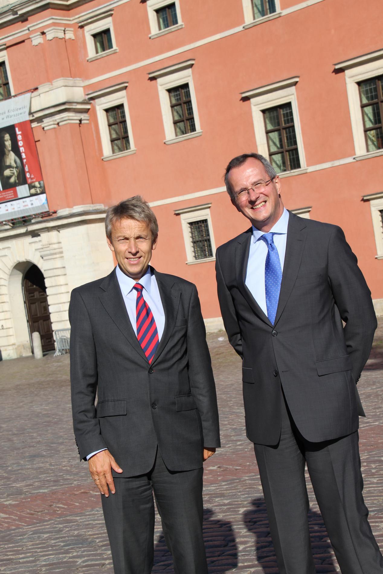 Mit Österreichs Botschafter Herbert Krauss in Warschau (C) Sven Pöllauer