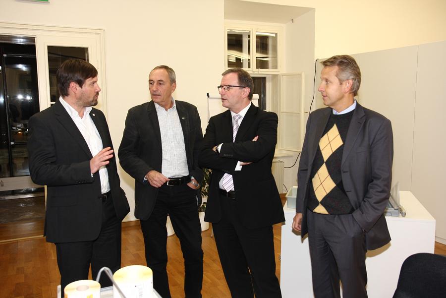 Ringana Geschäftsführer Andreas Wilfinger führte uns durch den Betrieb.