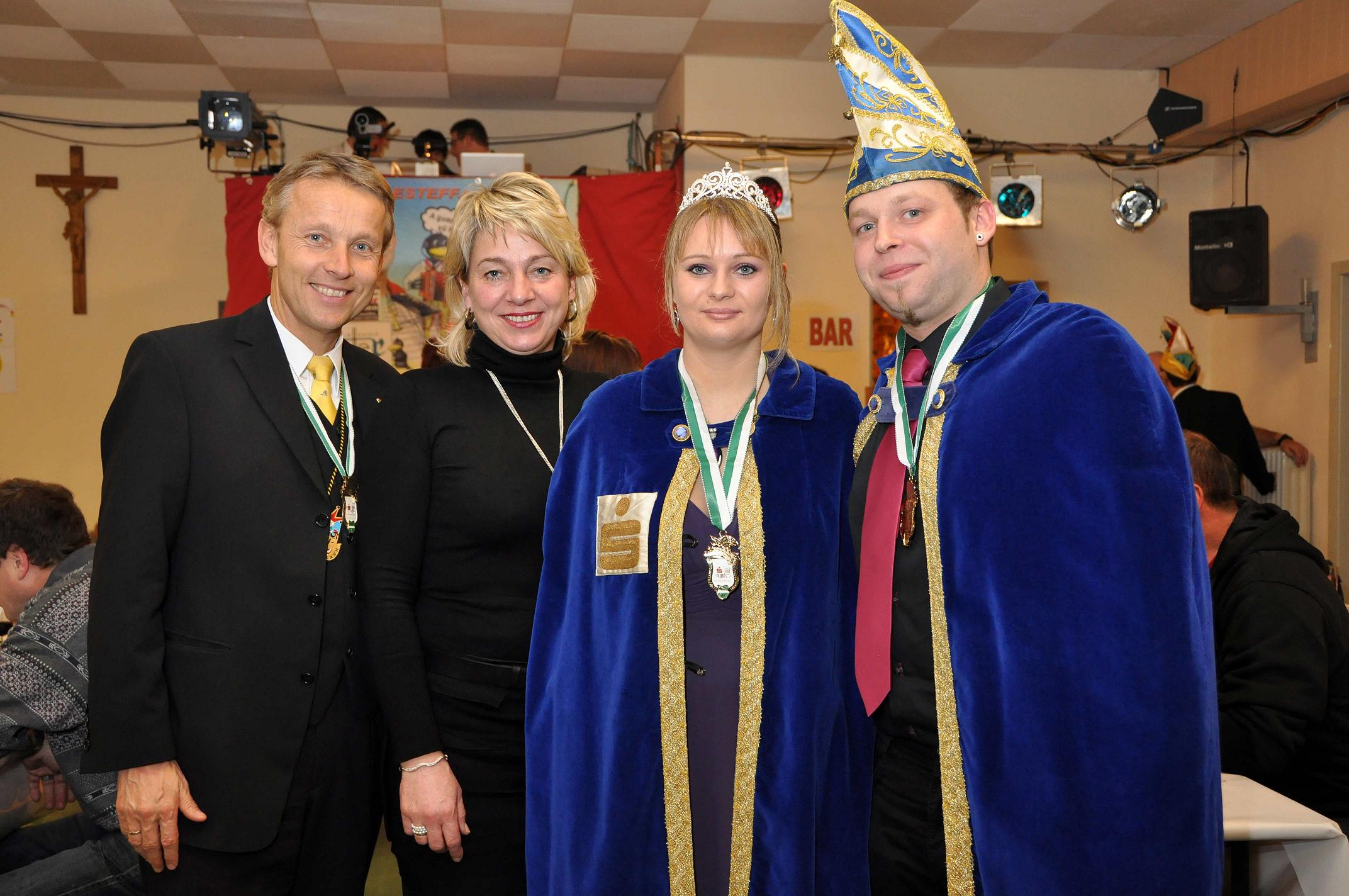 Mit meiner Frau Franziska und dem Rohrbacher Prinzenpaar (C) Sepp Resch