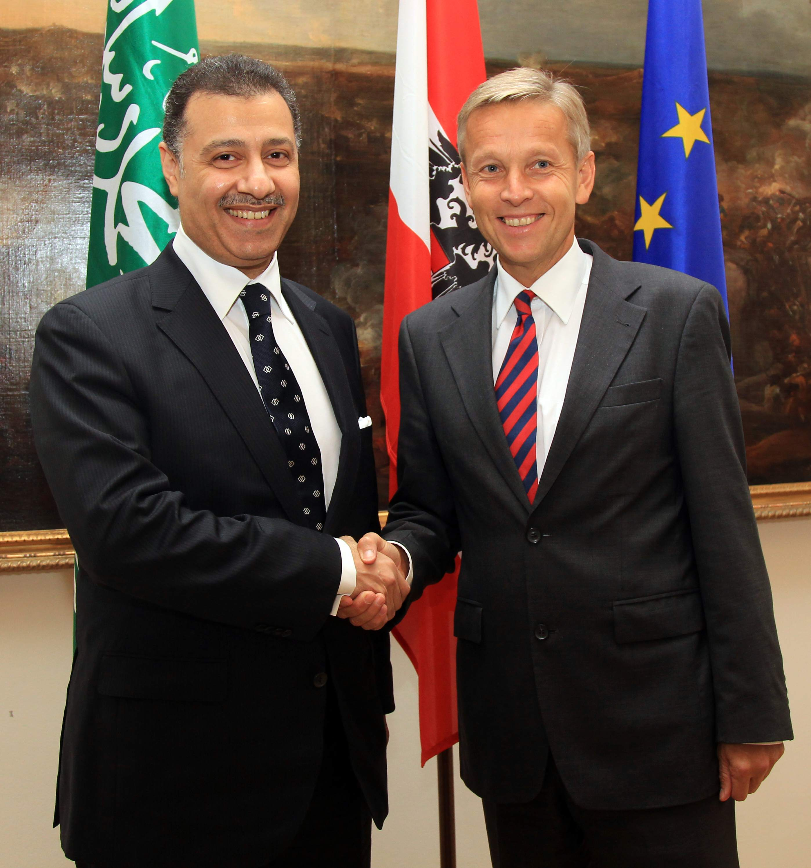 (c) BMEIA, STS Lopatka trifft stv. Außenminister Prinz Abdulaziz bin Abdullah bin Abdulaziz