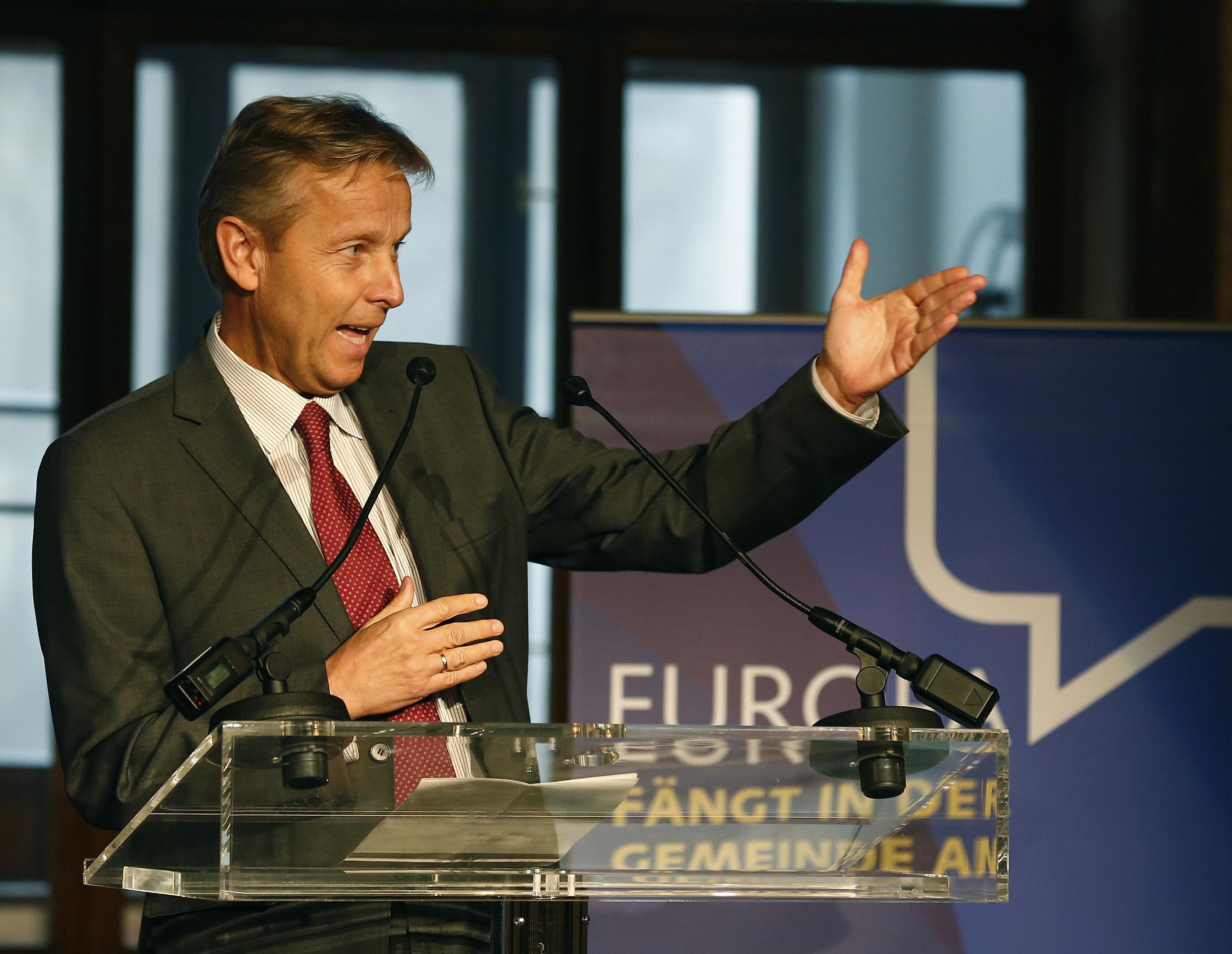 (c) BMEIA, STS Lopatka beim 2. Jahrestreffen der EU GemeidnerätInnen