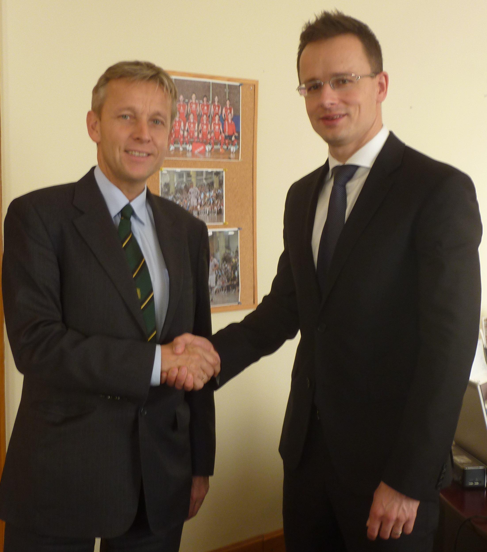 (c) BMEIA, STS Lopatka trifft Staatssekretär für Äußeres und Außenwirtschaft Péter Szijjártó