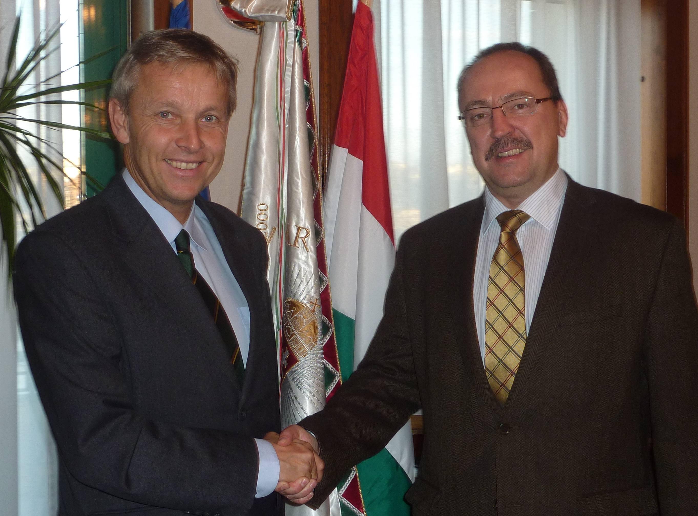 (c) BMEIA, STS Lopatka und Staatssekretär des ungarischen Außenministeriums Zsolt Németh