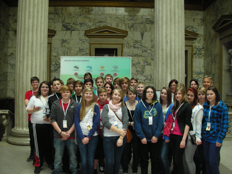 Hauptschule Grafendorf zu Gast im Parlament