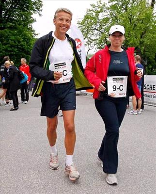 mit Kanzlergattin Martina Ludwig-Faymann beim Go for Gold Championslauf