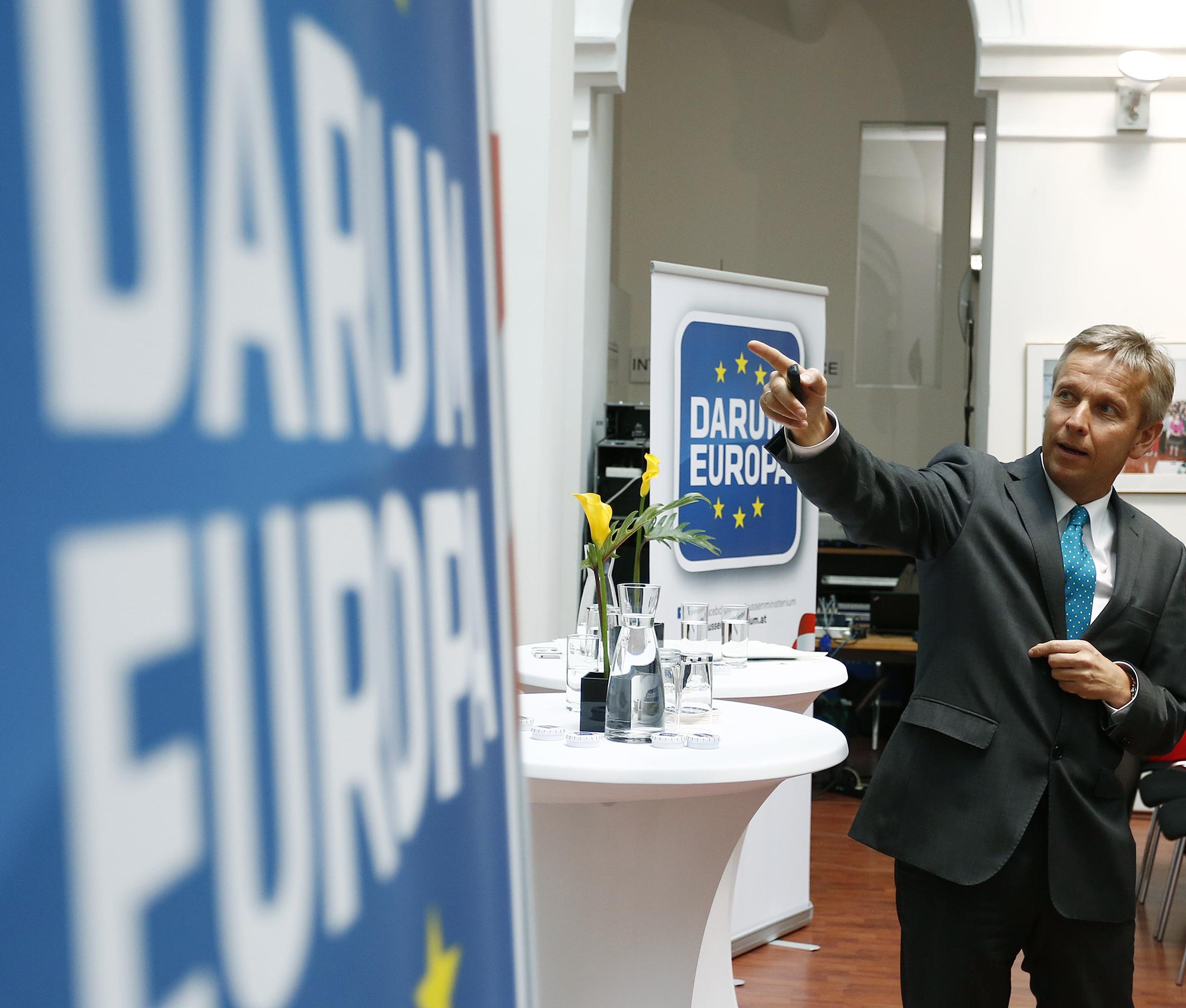 (c) STS Lopatka auf DARUM EUROPA TOUR bei Western Union in Wien