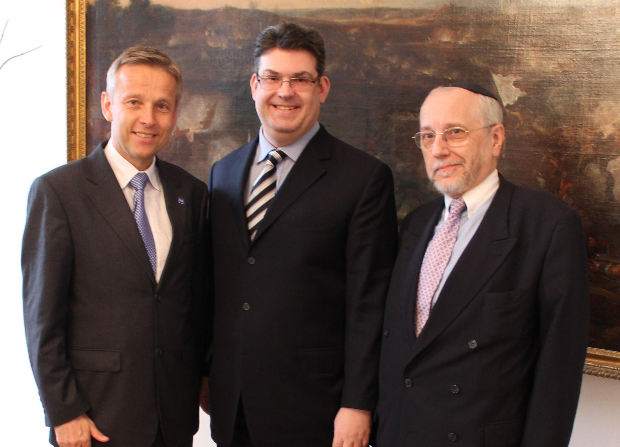 (c) BMEIA, STS Lopatka trifft Präsident Oskar Deutsch und Raimund Fastenbauer, Israelische Kultusgemeinde