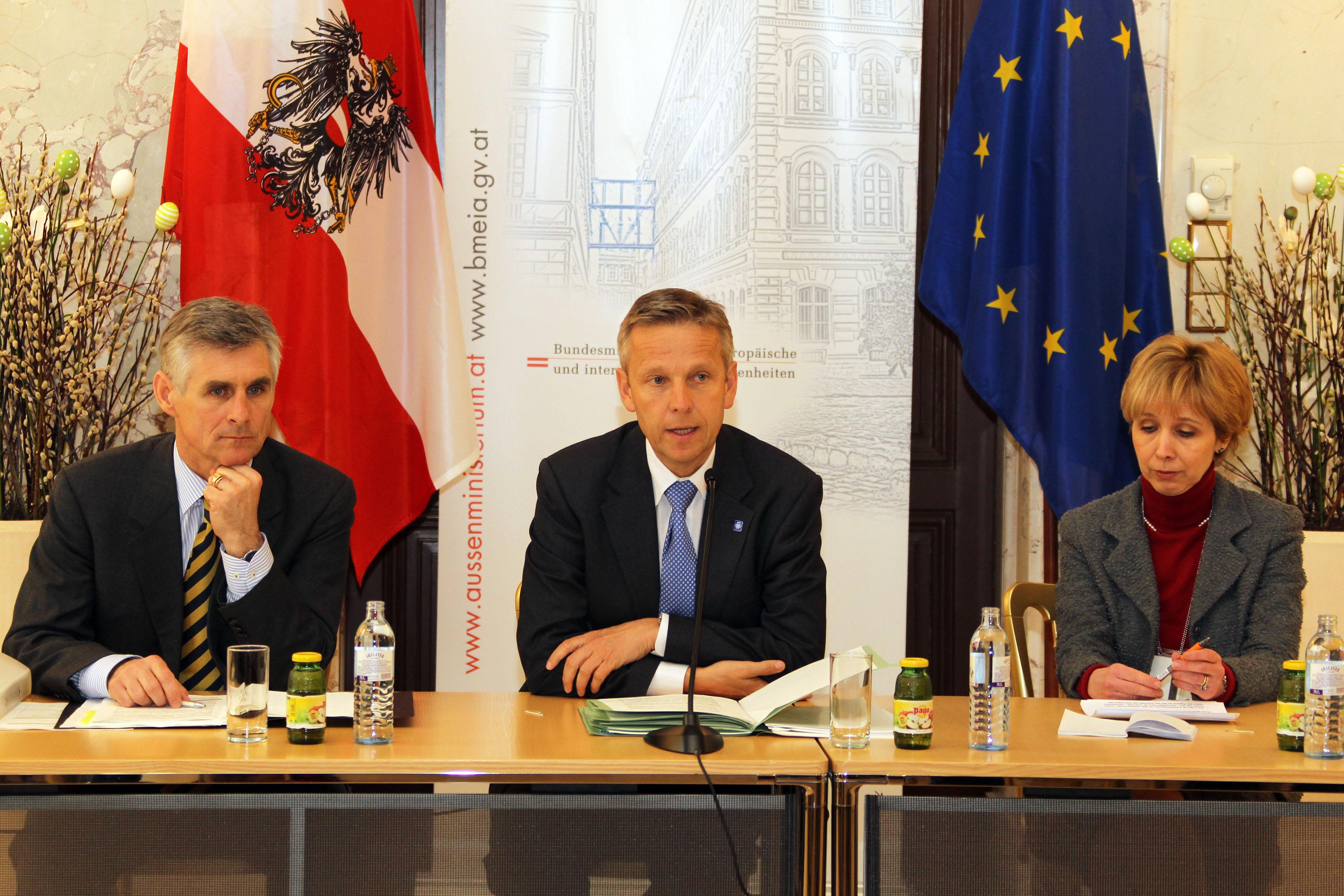 (c) STS Lopatka beim Entwicklungspolitischen Jour Fixe im Außenministerium