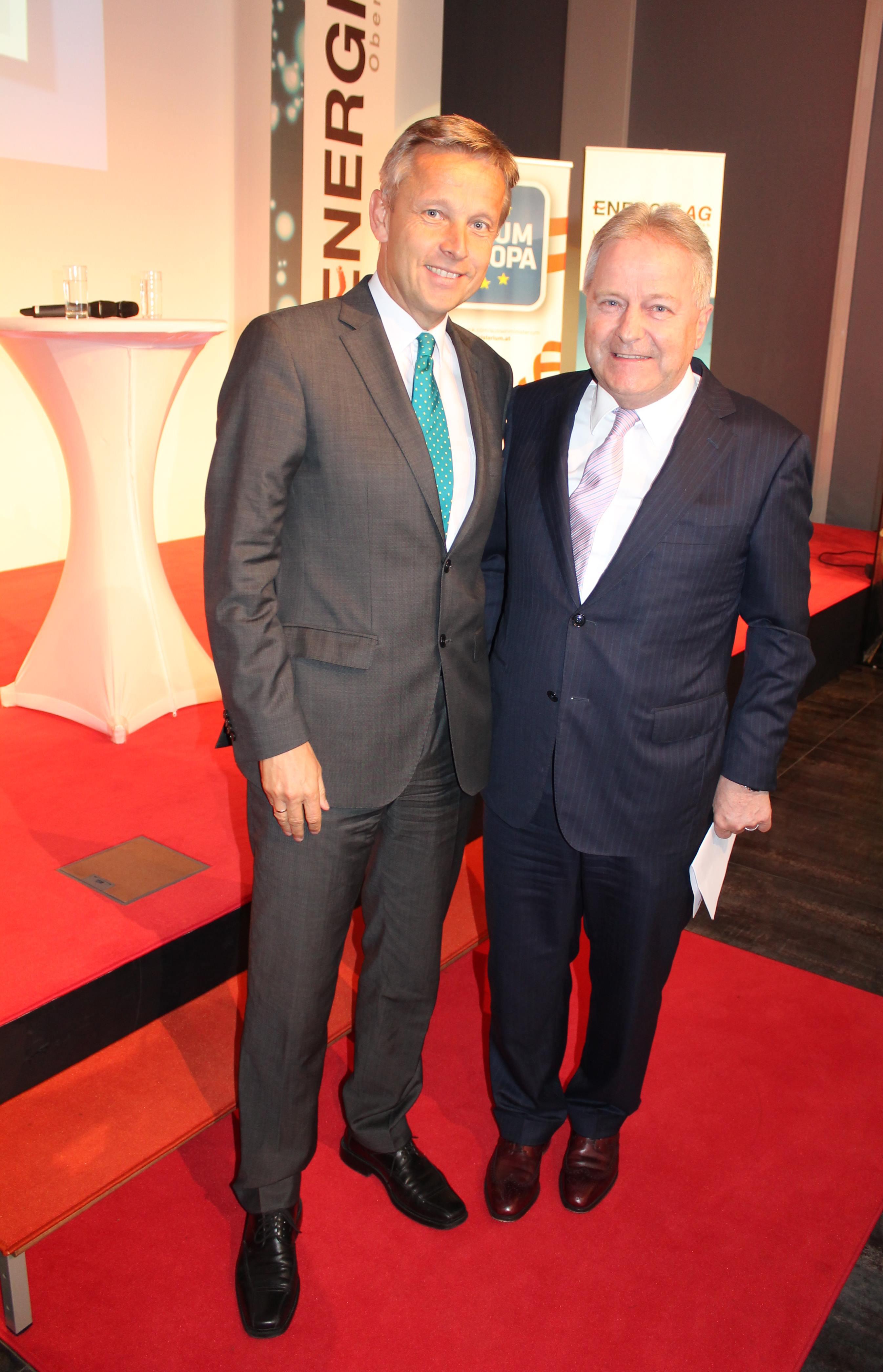 (c) BMEIA, STS Lopatka und Energie AG Generaldirektor Leo Windtner