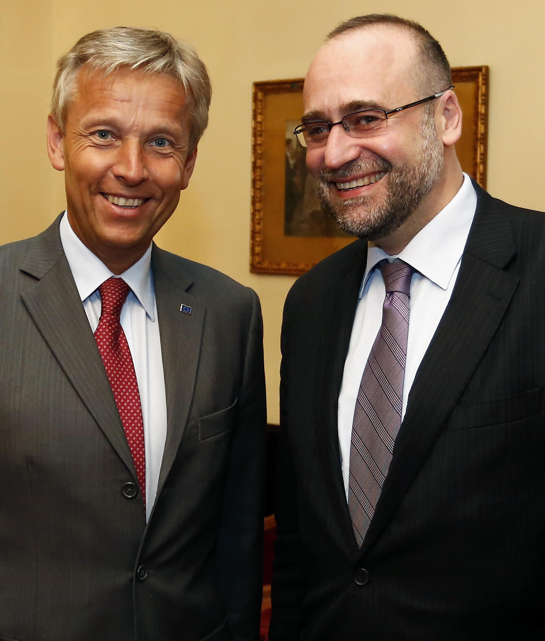 (c) BMEIA, STS Lopatka und slowakischer STS Peter Javorcik