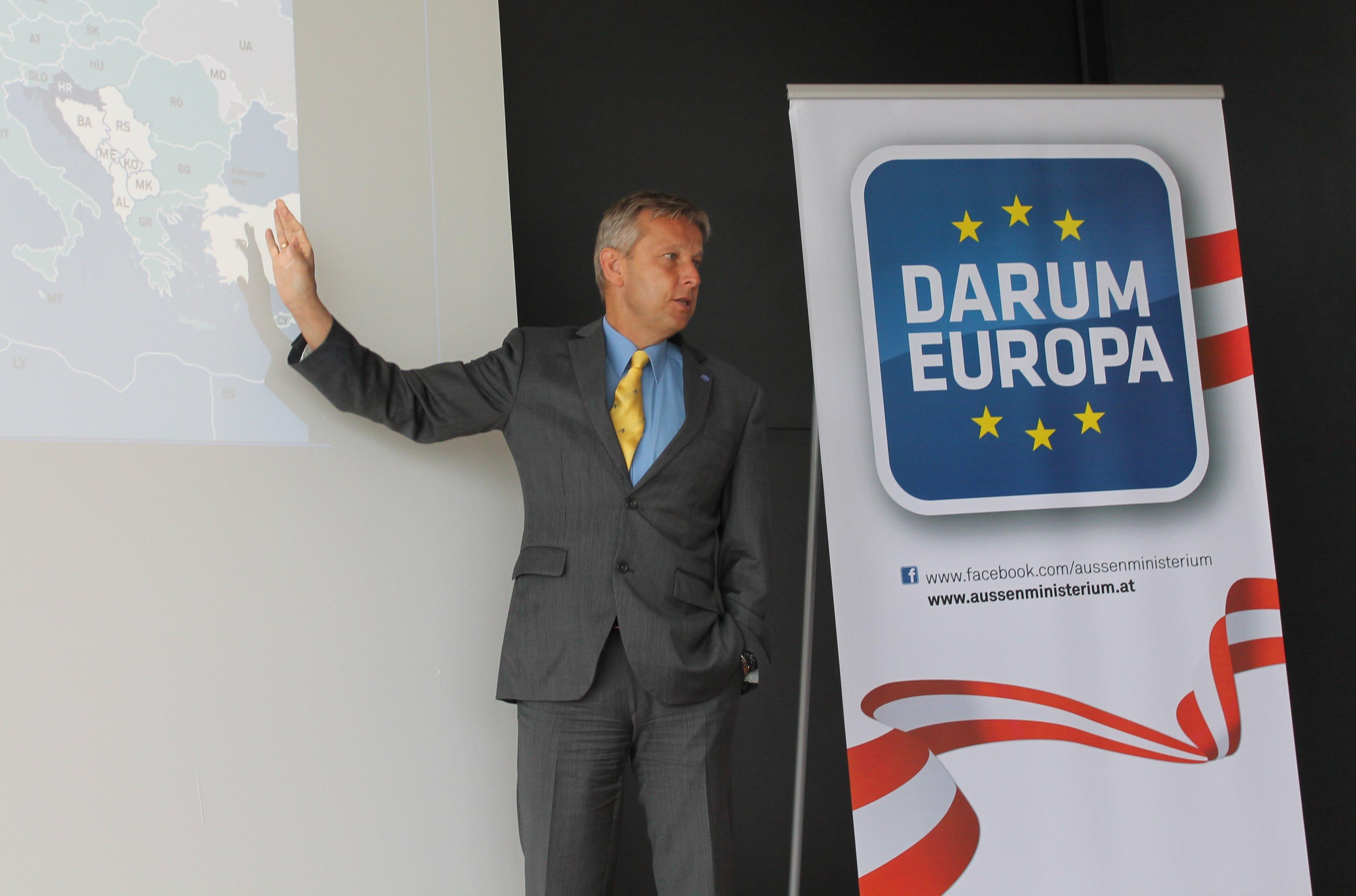 (c) BMEIA, STS Lopatka auf DARUM EUROPA Tour