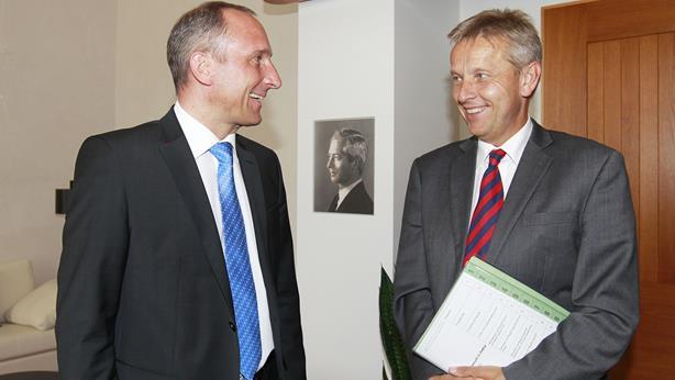 (c) BMeiA, StS Lopatka mit Regierungschef Hasler