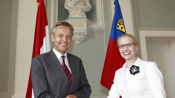 (c) BMeiA, StS Lopatka mit Außenministerin Frick