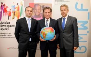 (c) Scharpf/ BMWF, Pressegespräch mit BM Töchterle und STS Lopatka sowie Martin Ledolter (GF ADA) in der Austrian Development Agency