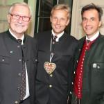 (c)BMeiA, StS Lopatka mit steir. LT Präs Majcen und Grazer Bgm Nagl beim Aufsteirern