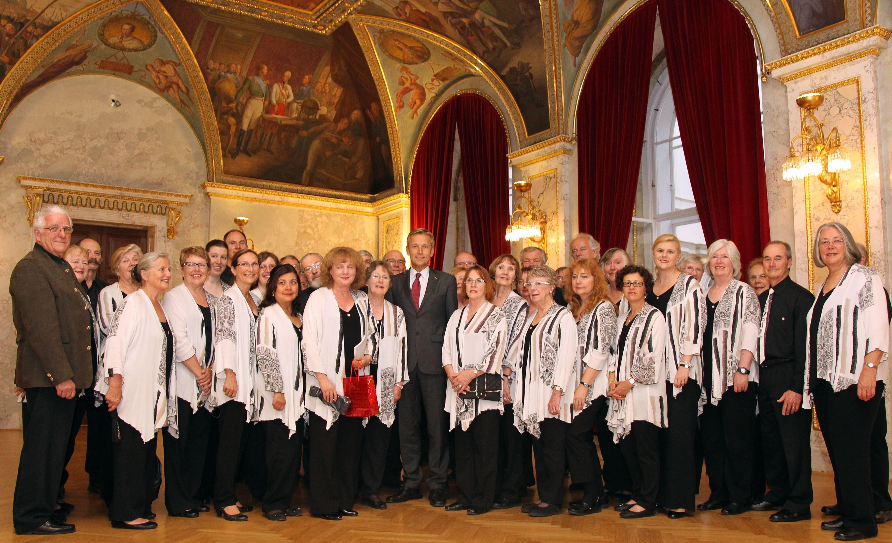 (c)BMeiA, StS Lopatka mit dem österreichisch-australischen Chor