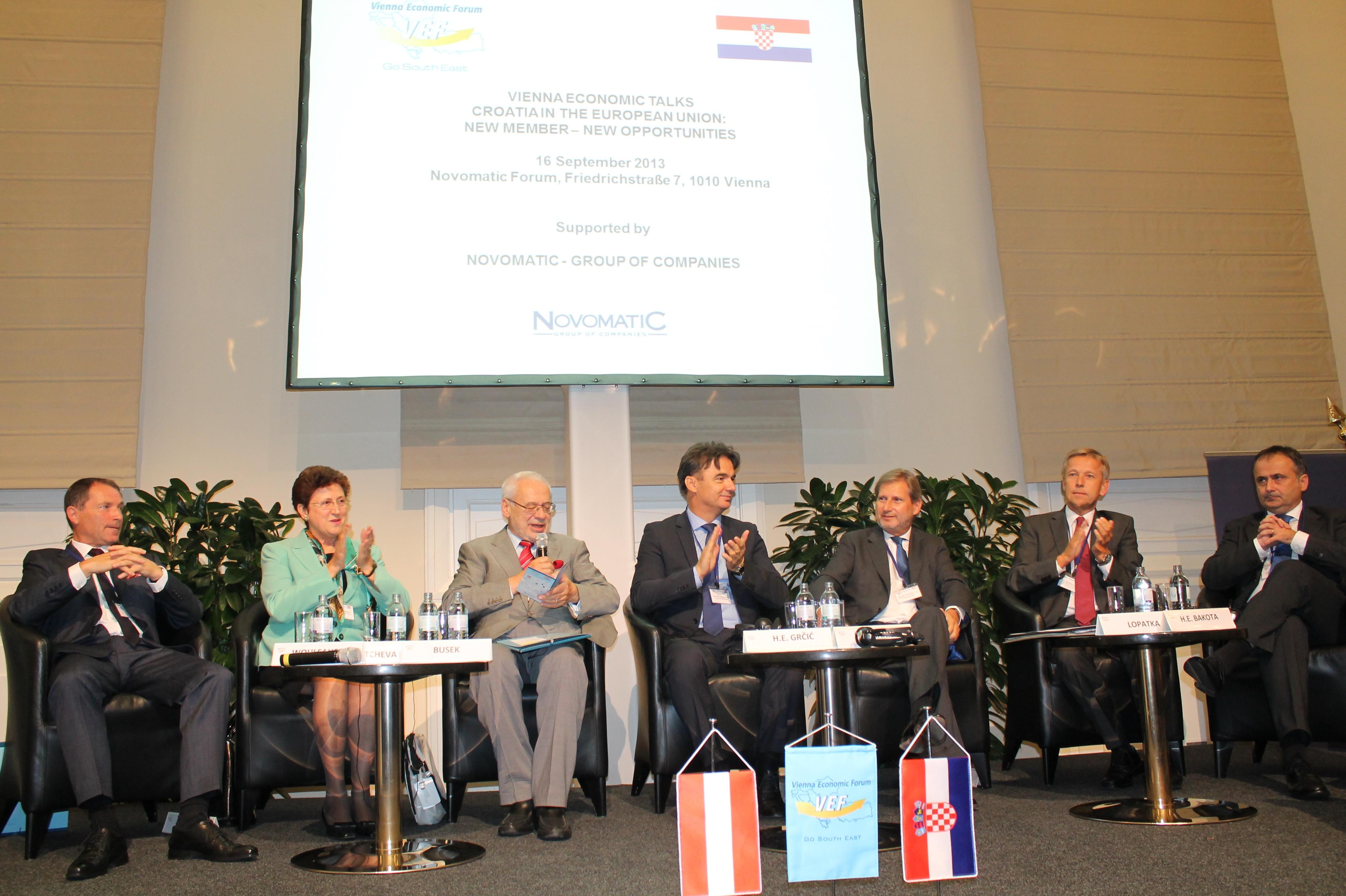 (c)BMeiA, StS Lopatka bei der Wirtschaftskonferenz Vienna Economic Forum zu Kroatien