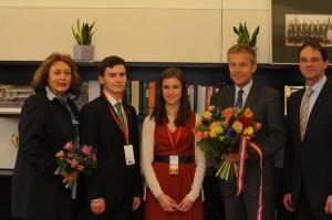 Blumengruß zum Valentinstag (CR ÖVP-Klub / Konrad)