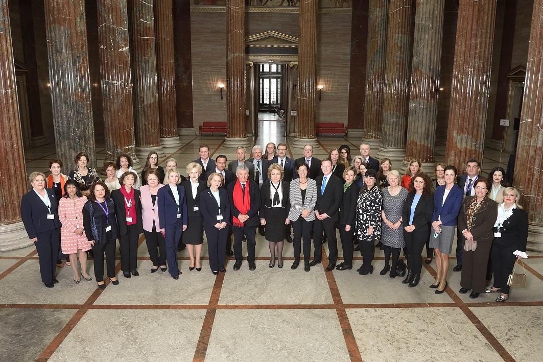 Gruppenfoto der Delegierten