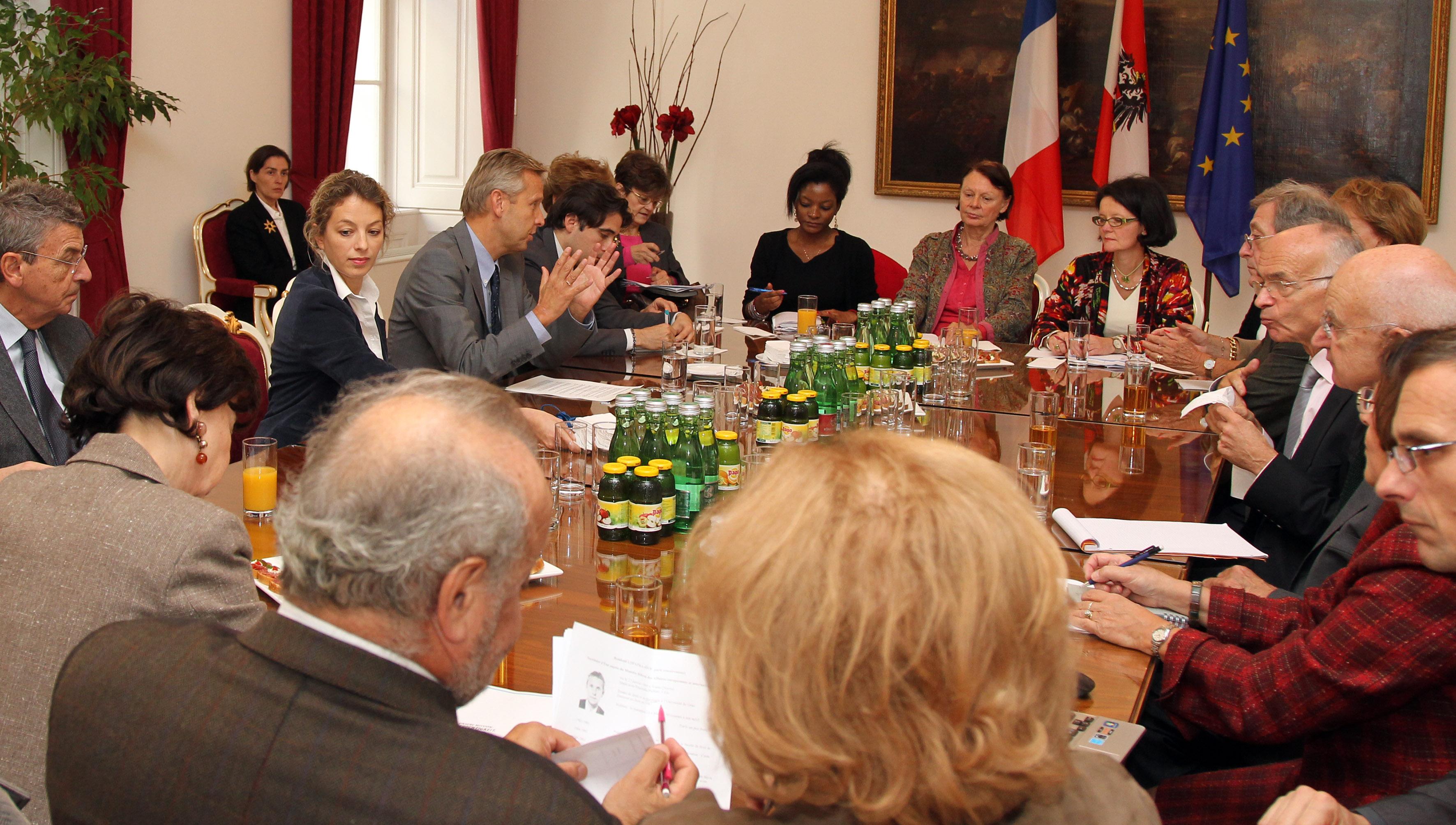 (c)BMeiA, StS mit Mitgliedern der Conference Olivaint